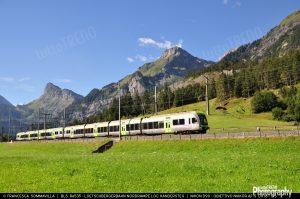 1494274078_BLS-Bern_Loetschberg_Simplon-Re535-Treno_interregionale_Brig_Berna-2014-08-28-FrancescaSommavilla.jpg-1920width