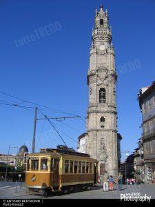 1495302756_stcp-linea22-tram131-Porto-chiesadosclerigos-19-08-08-BertagninAntonio58-1920width